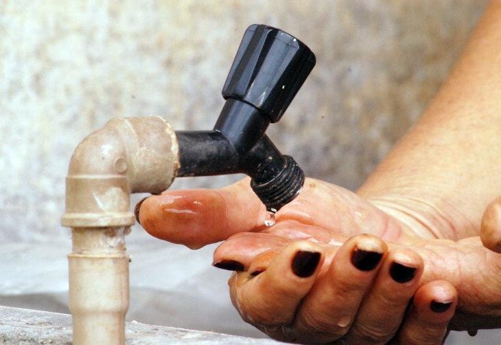 Resultado de imagem para torneira sem água