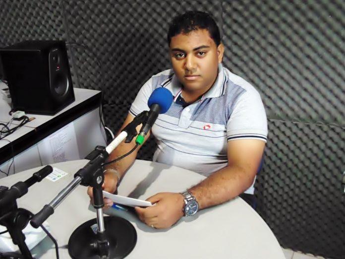 Gilvan Silva sendo entrevista na Rádio Clima FM Foto Arquivo