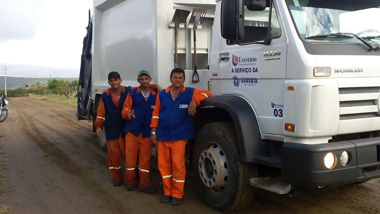 Novo Caminhão para o recolhimento de lixo na Cidade de Gravatá