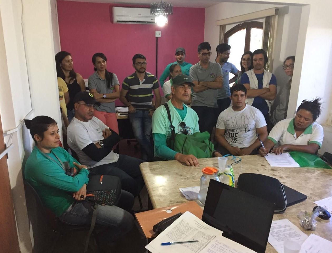 Membros da Associação Municipal dos Agentes de Combate às Endemias de Gravatá - AMACEG