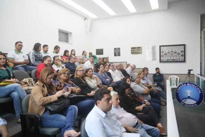 Prefeitura debate orçamento com a população em audiência pública